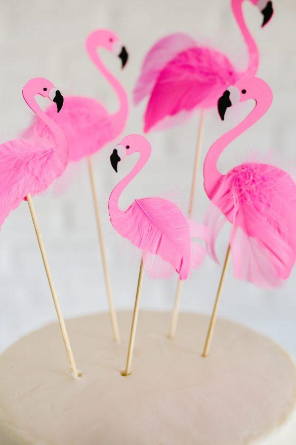 How to Make a DIY Flamingo Cake Topper | The Pretty Life Girls