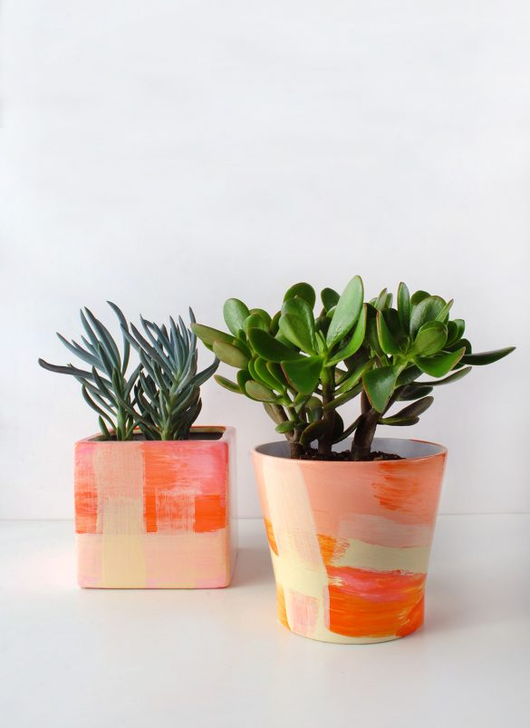 TUTORIAL: Give your old plant pots a painterly designer makeover - We Are Scout