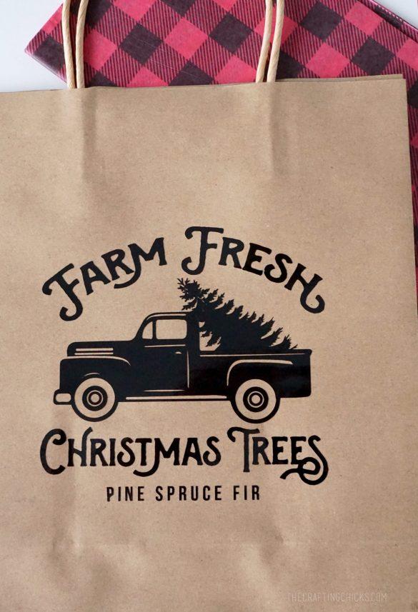 christmas tree gift bag scaled