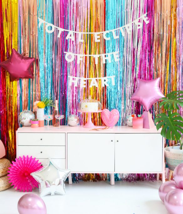 How to make an easy fringe backdrop