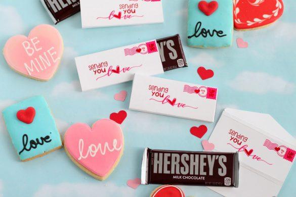 DIY Cricut Valentine's Day Candy Bar Wrapper