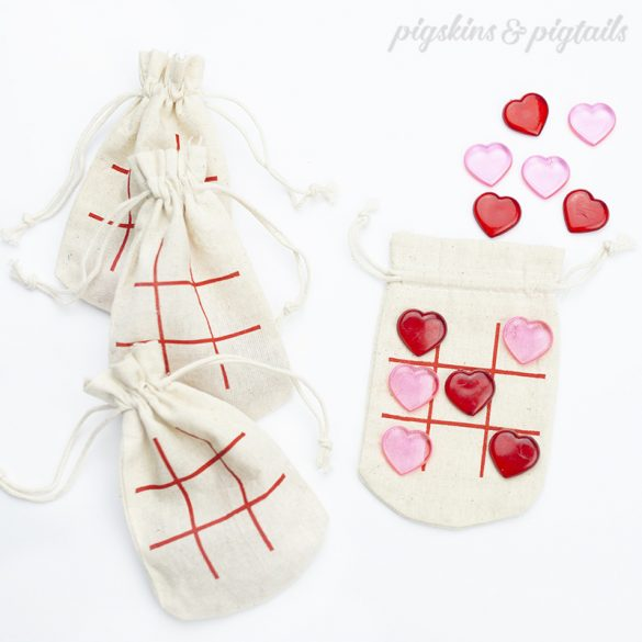 Screen Printing with Vinyl: Valentine's Tic-Tac-Toe Bags