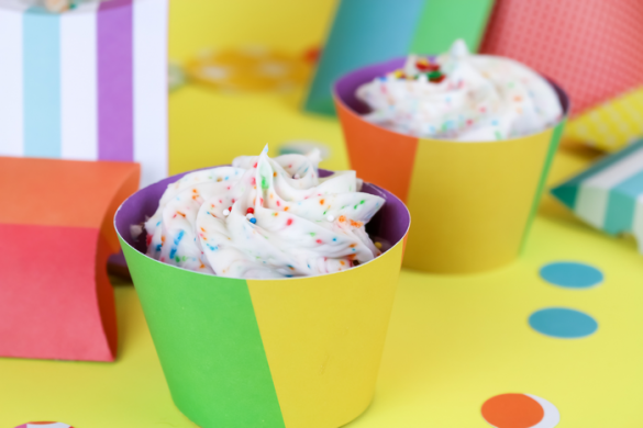 DIY CUPCAKE WRAPPERS WITH YOUR CRICUT