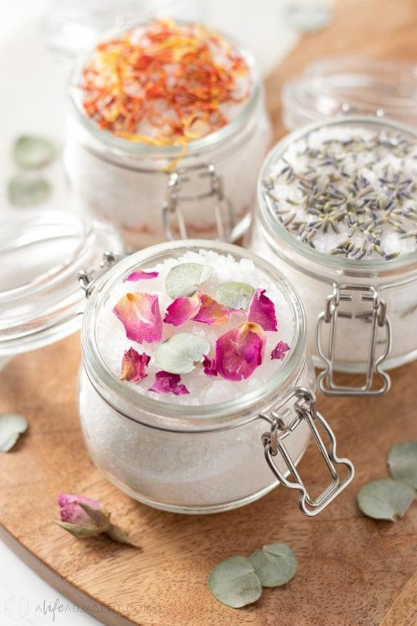 DIY Bath Salts for Gifts, Party Favours & More
