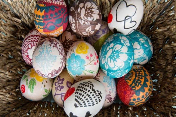 How to Decorate Easter Eggs Without Dye: Creative Easter Egg Designs