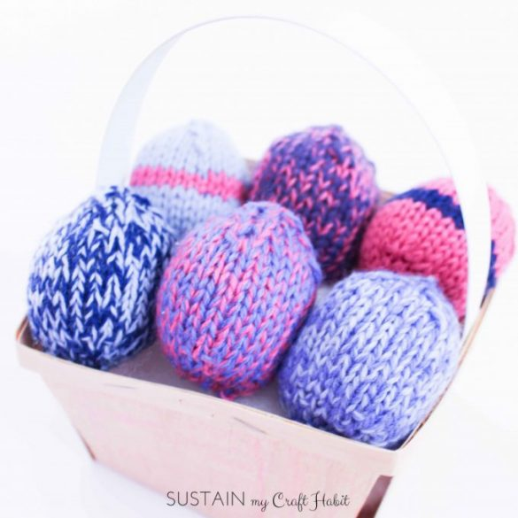 Uncrackable and Easy Knitted Egg Pattern