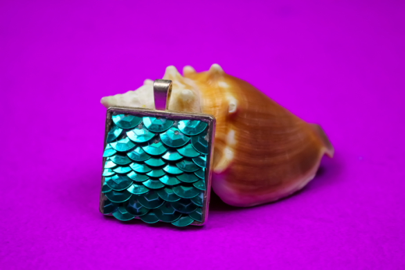 SPARKLING MERMAID JEWELRY WITH SEQUINS