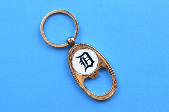 DIY KEY CHAIN BOTTLE OPENER FOR FATHER'S DAY