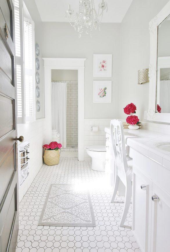 A Simple Summer Bathroom Refresh