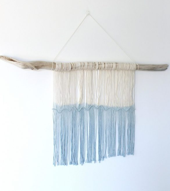 Easy DIY Macrame and Driftwood Wall Hanging