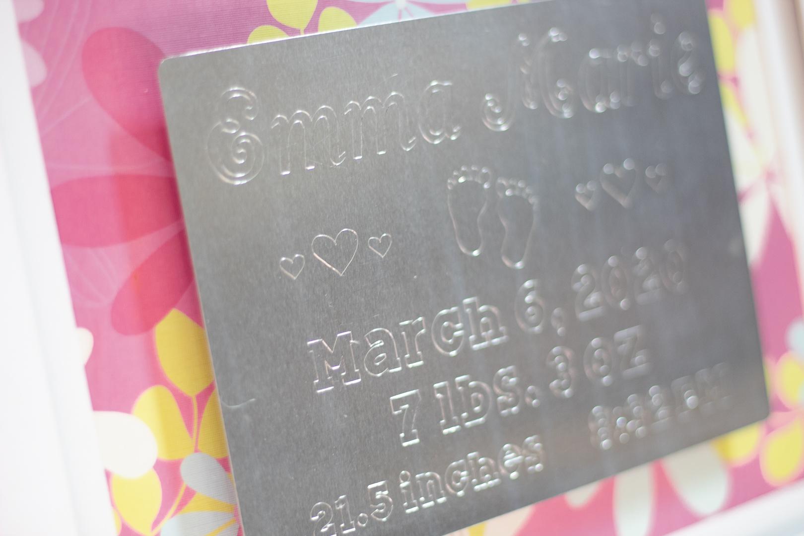 Cricut Engraving:  DIY Birth Stat Aluminum Sign!
