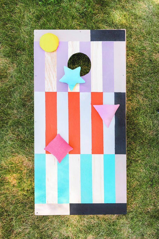 DIY colorful cornhole and bean bag set