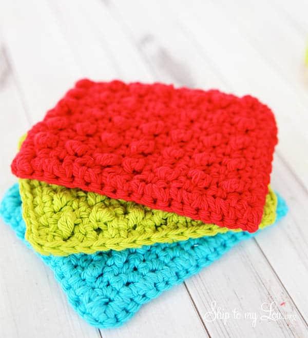 Make a DIY Crochet Sponge For a Useful Handmade Gift!
