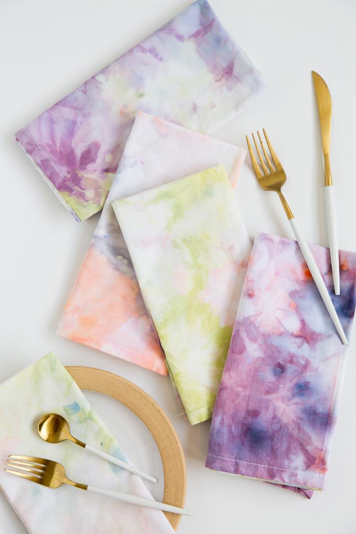 DIY Ice Dye Cloth Napkins