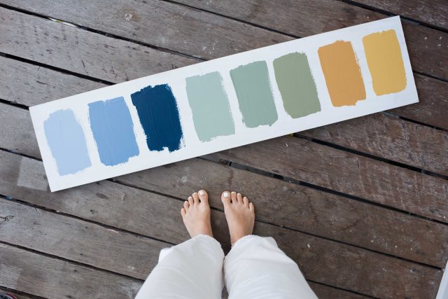 Choosing Paint Colours To Upcycle This Cabinet