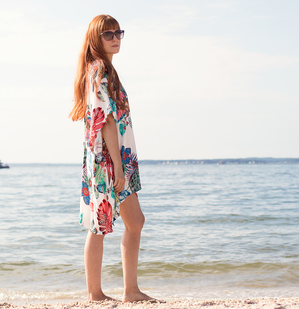 How to Sew an Easy Swimsuit Coverup- No Pattern Necessary!