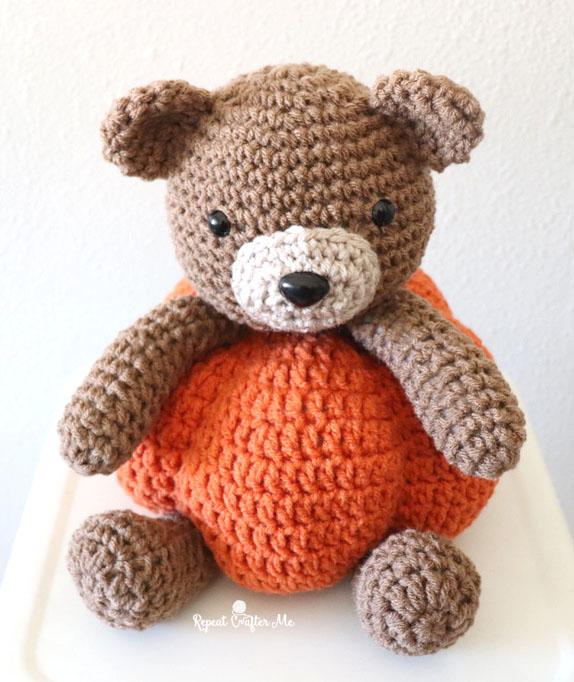 Crochet Pumpkin Bear