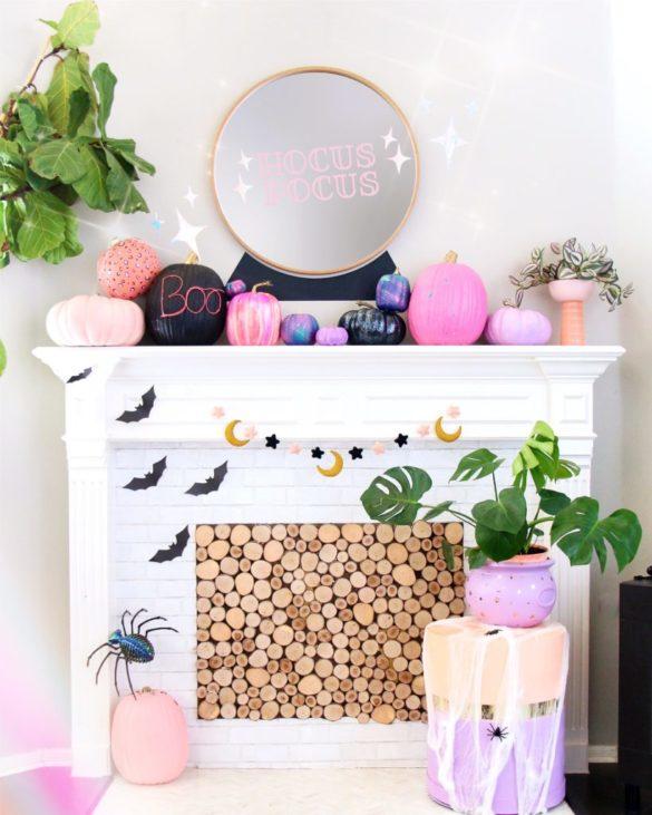 DIY Crystal Ball Mirror For Halloween
