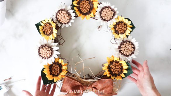 DIY Felt Sunflower Wreath