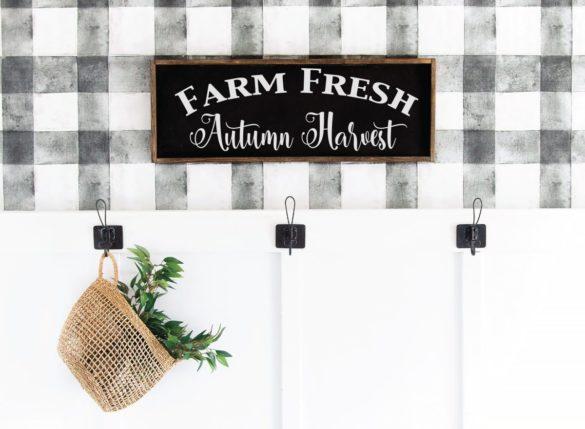 DIY Farmhouse Sign for Fall