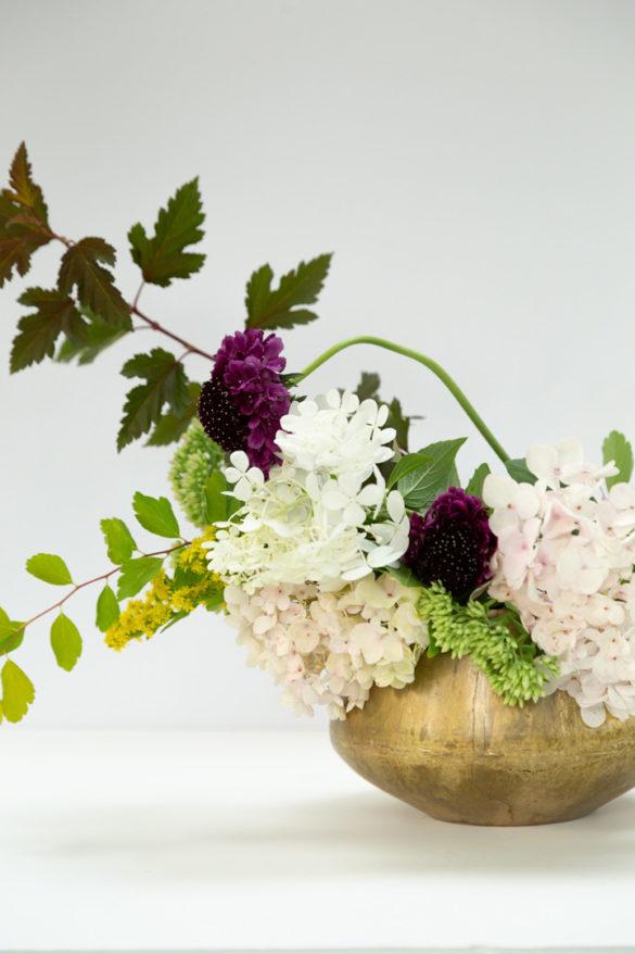 How to Make a Modern Flower Arrangement