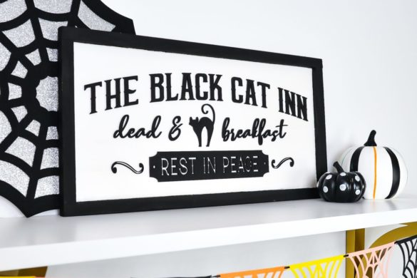 Vintage Halloween Signs with the Glowforge