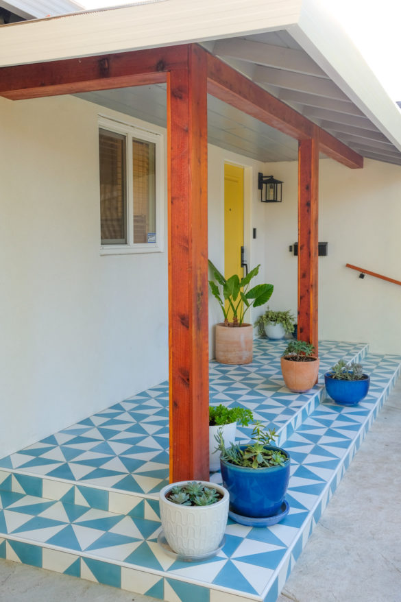 How to Wrap Porch Posts for a Modern Look
