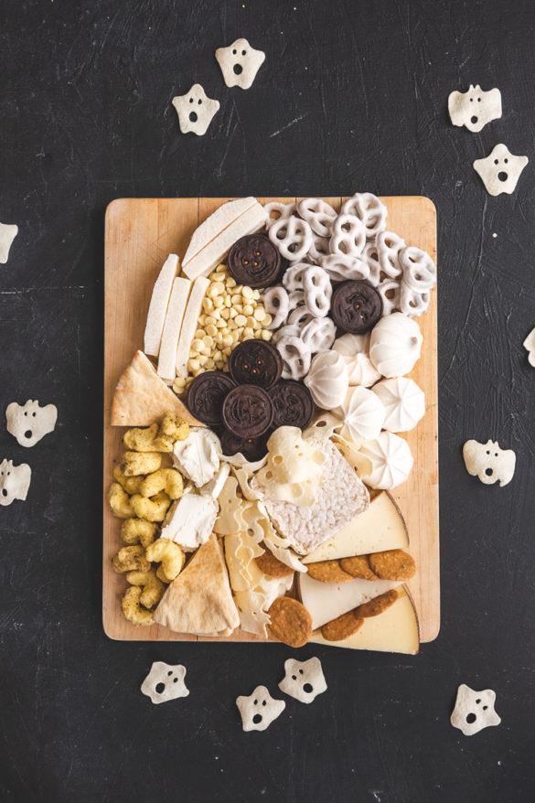 Char-boo-terie Halloween Snack Board