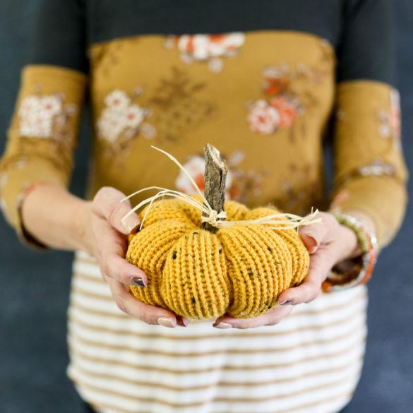 How to make a Knit Pumpkin