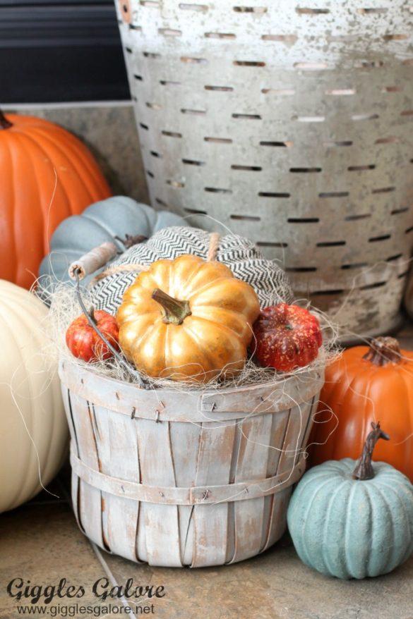 DIY Vintage Farmhouse Style Fall Baskets
