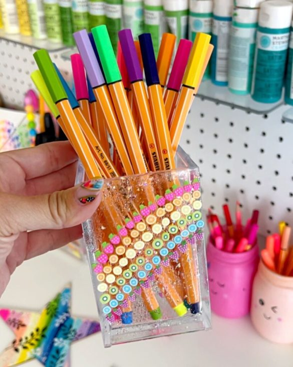 Pen and Pencil Storage for Craft Room