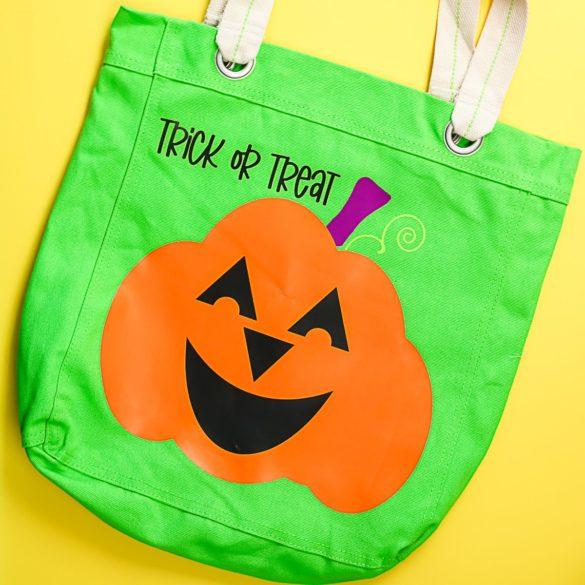 Halloween Tote Bags Live Event Using a Cricut Machine